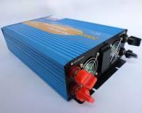 Měnič napětí sinusový 12/230V 2000W + USB, včetně dálkového ovládání